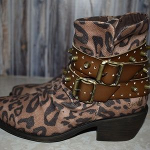 Blowfish Leopard Booties Boots Bling Sz 6 New